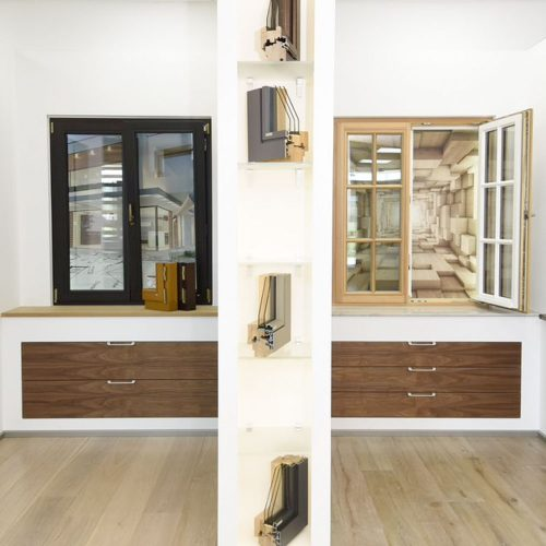 Holz-Aluminium-Fenster-Showroom